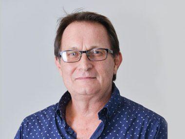 Dr Derek Watt